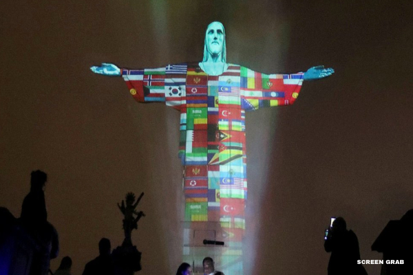 Rio's Christ Lit Up in Solidarity with Nations Affected by the Coronavirus